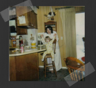 mom20and20steph20-20early2080s20in20the20kitchen